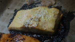salmone in salsa bianca